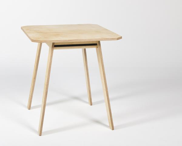 Tisch 0
